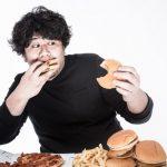 早食いは太る原因に?満腹になるまでには時間差があることを理解する